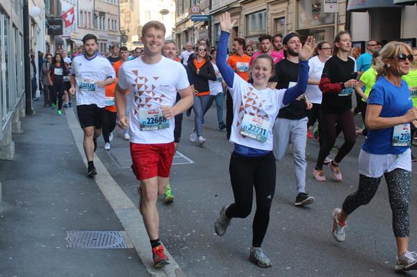 Läuferinnen und Läufer am Stadtlauf.
