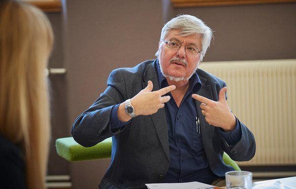 Rektor Hans-Rudolf Schärer