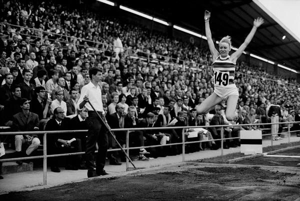 Musterbild 1: ETH-Pics, Bildcode: Com_L16-0539-0002-0001, Info: Internationales Leichtathletik Meeting in Zürich, 1967